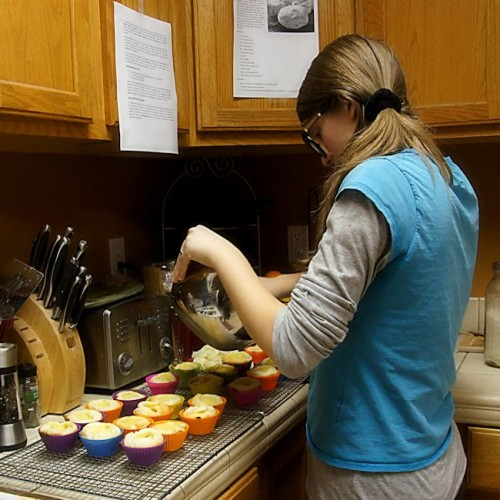 Filling Cupcakes