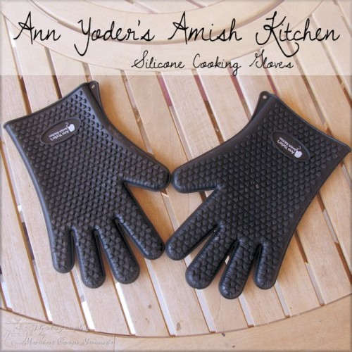 Ann Yoder's Amish Kitchen Silicone Cooking Gloves