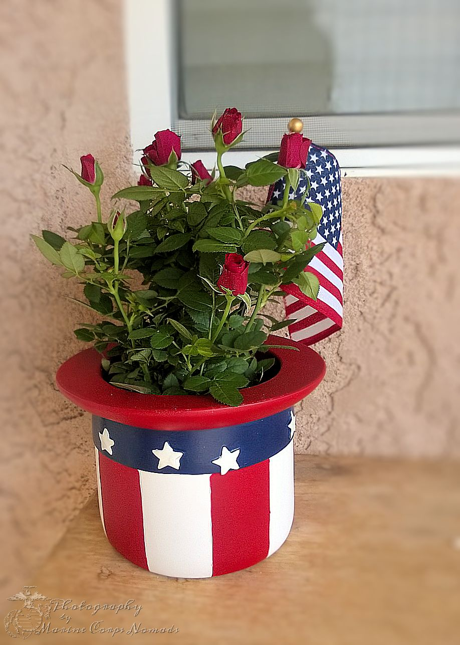 American Pride mini roses from the FTD USO Collection